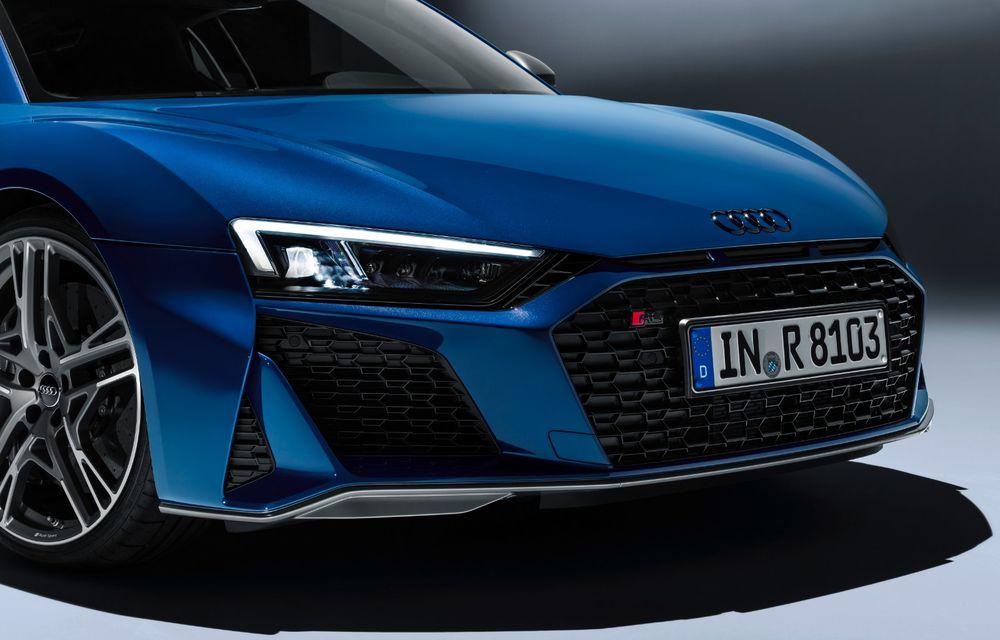 Audi R8 facelift, poze și detalii oficiale: modificări estetice minore, îmbunătățiri la nivelul suspensiei și motoare mai puternice - Poza 11
