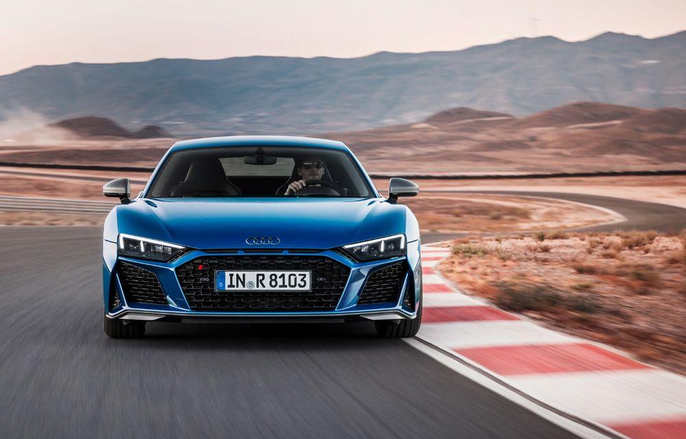 Audi R8 facelift, poze și detalii oficiale: modificări estetice minore, îmbunătățiri la nivelul suspensiei și motoare mai puternice - Poza 3
