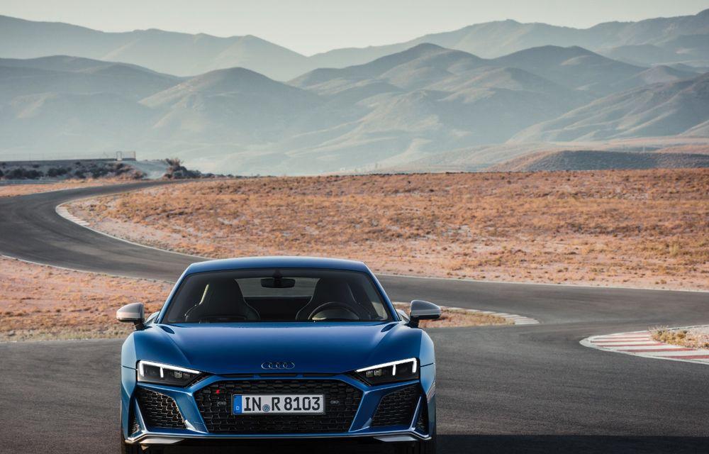 Audi R8 facelift, poze și detalii oficiale: modificări estetice minore, îmbunătățiri la nivelul suspensiei și motoare mai puternice - Poza 4