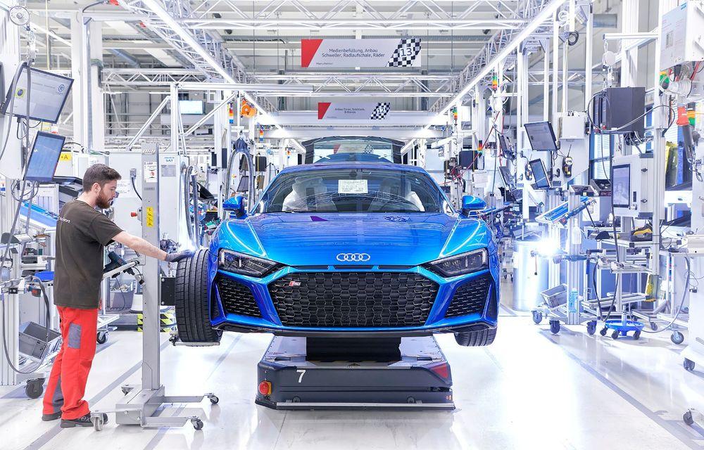 Audi R8 facelift, poze și detalii oficiale: modificări estetice minore, îmbunătățiri la nivelul suspensiei și motoare mai puternice - Poza 20