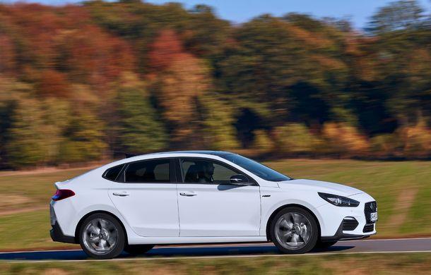 Hyundai prezintă i30 Fastback N Line: design mai agresiv și îmbunătățiri tehnice pentru modelul asiatic - Poza 9
