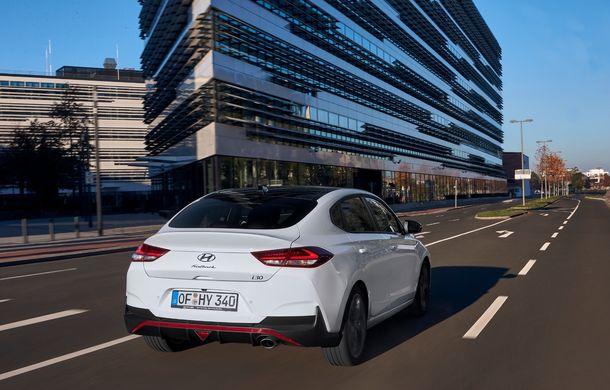 Hyundai prezintă i30 Fastback N Line: design mai agresiv și îmbunătățiri tehnice pentru modelul asiatic - Poza 14