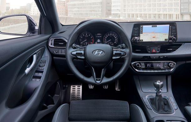 Hyundai prezintă i30 Fastback N Line: design mai agresiv și îmbunătățiri tehnice pentru modelul asiatic - Poza 21