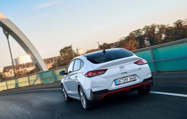 Hyundai prezintă i30 Fastback N Line: design mai agresiv și îmbunătățiri tehnice pentru modelul asiatic - Poza 13