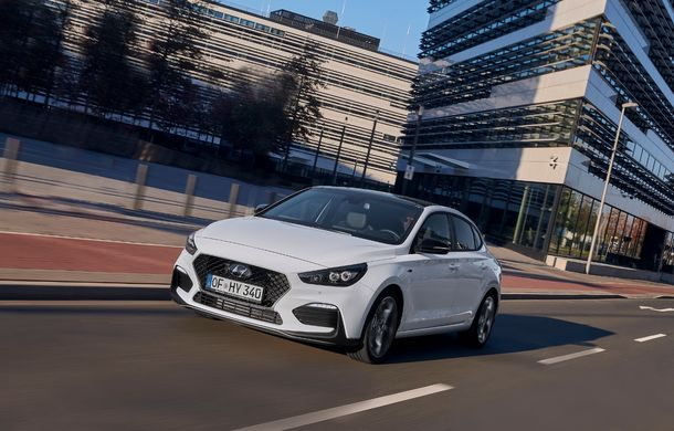 Hyundai prezintă i30 Fastback N Line: design mai agresiv și îmbunătățiri tehnice pentru modelul asiatic - Poza 4