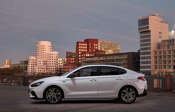 Hyundai prezintă i30 Fastback N Line: design mai agresiv și îmbunătățiri tehnice pentru modelul asiatic - Poza 8