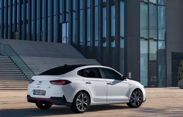 Hyundai prezintă i30 Fastback N Line: design mai agresiv și îmbunătățiri tehnice pentru modelul asiatic - Poza 11
