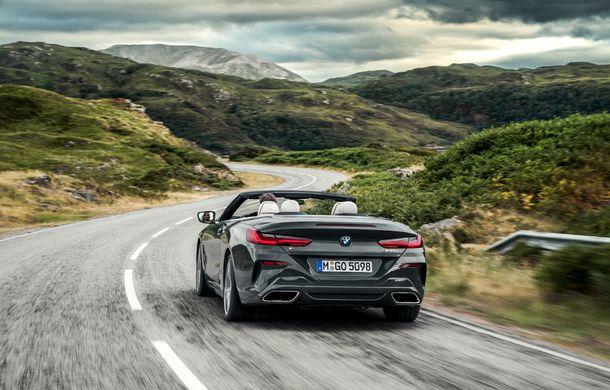 BMW Seria 8 Cabrio, poze și informații oficiale: motorizări de până la 530 CP și 15 secunde pentru plierea plafonului din material textil - Poza 19