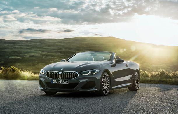 BMW Seria 8 Cabrio, poze și informații oficiale: motorizări de până la 530 CP și 15 secunde pentru plierea plafonului din material textil - Poza 6