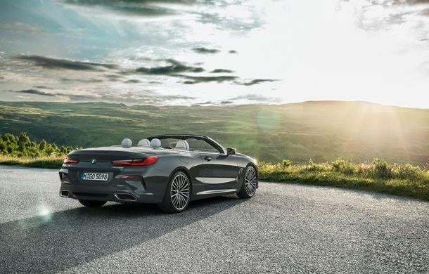 BMW Seria 8 Cabrio, poze și informații oficiale: motorizări de până la 530 CP și 15 secunde pentru plierea plafonului din material textil - Poza 25