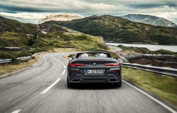 BMW Seria 8 Cabrio, poze și informații oficiale: motorizări de până la 530 CP și 15 secunde pentru plierea plafonului din material textil - Poza 24