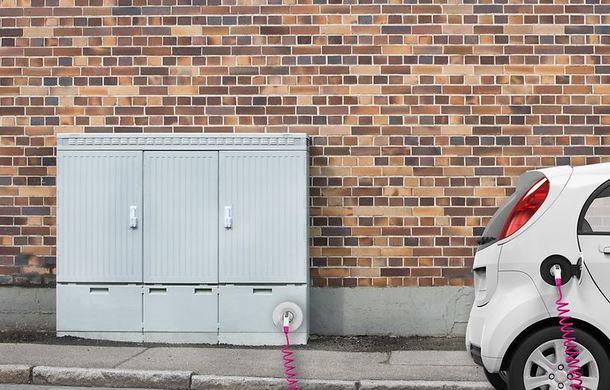 Investiții în infrastructură: Deutsche Telekom va construi o rețea de stații de încărcare pentru mașinile electrice în Germania - Poza 1