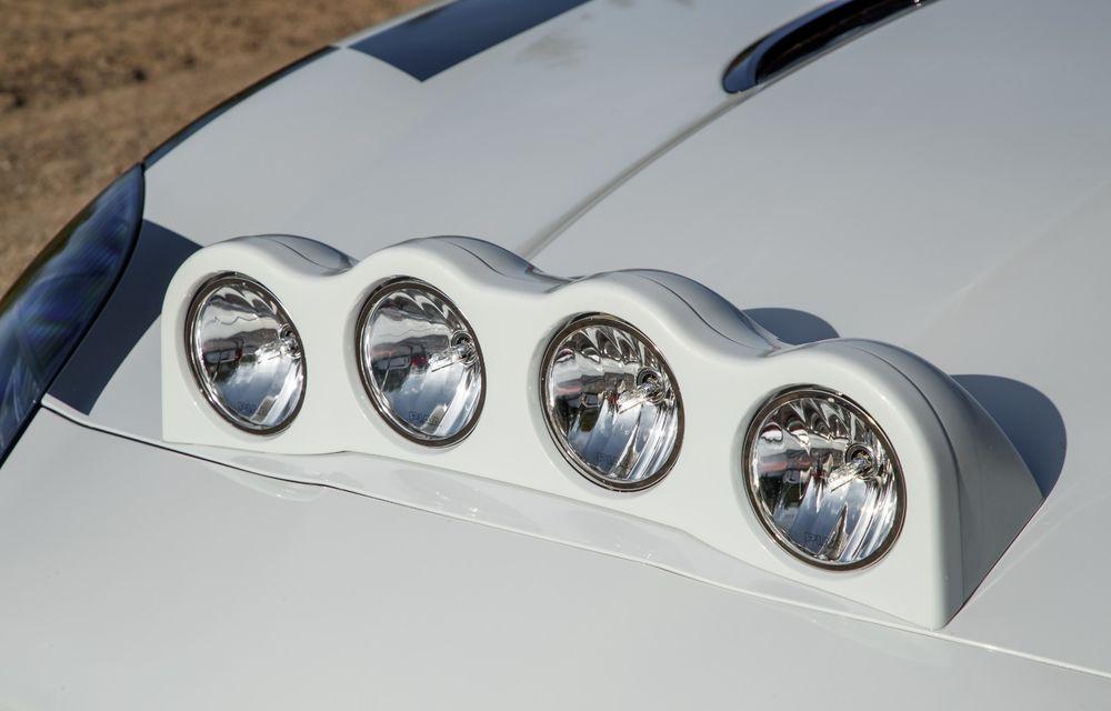 Aniversare în stil britanic: Jaguar a transformat două exemplare F-Type Cabrio în mașini destinate raliurilor pentru a sărbători 70 de ani de la debutul lui XK 120 - Poza 16