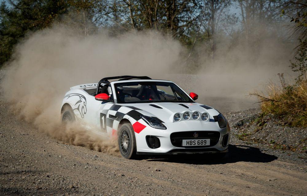 Aniversare în stil britanic: Jaguar a transformat două exemplare F-Type Cabrio în mașini destinate raliurilor pentru a sărbători 70 de ani de la debutul lui XK 120 - Poza 6