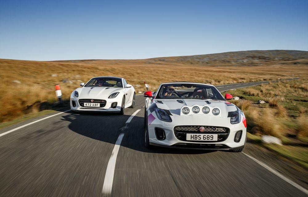 Aniversare în stil britanic: Jaguar a transformat două exemplare F-Type Cabrio în mașini destinate raliurilor pentru a sărbători 70 de ani de la debutul lui XK 120 - Poza 11