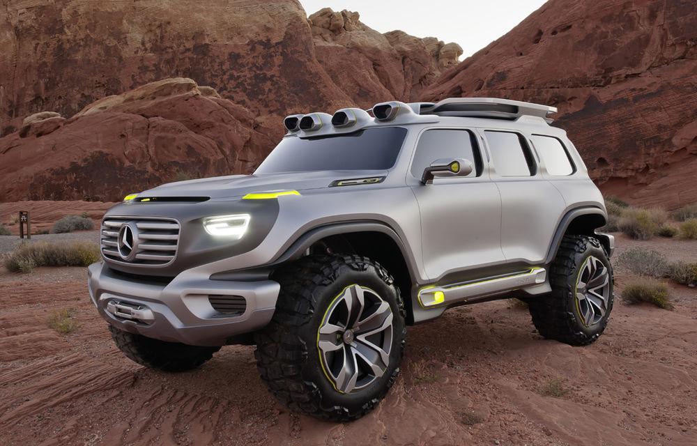 Mercedes-Benz GLB, surprins pe circuitul de la Nurburgring: noul SUV debutează la finalul anului viitor și va avea un design influențat de conceptul Ener-G-Force - Poza 1