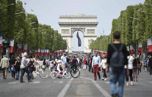 Parisul vrea să interzică circulația mașinilor în centrul orașului în fiecare duminică: zona va deveni pietonală - Poza 1