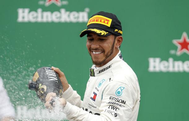 """Hamilton spune că nu s-a gândit niciodată să doboare recordurile lui Schumacher: """"Idolul meu a fost Senna"""" - Poza 1"""