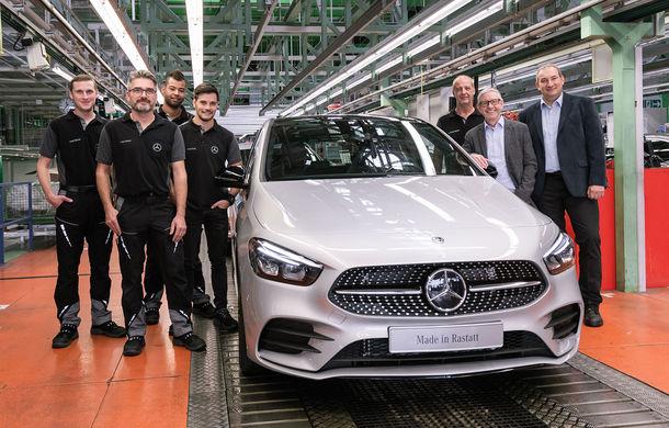 Mercedes-Benz a demarat producția noii generații Clasa B: monovolumul compact este asamblat în cadrul fabricii din Rastatt, Germania - Poza 1