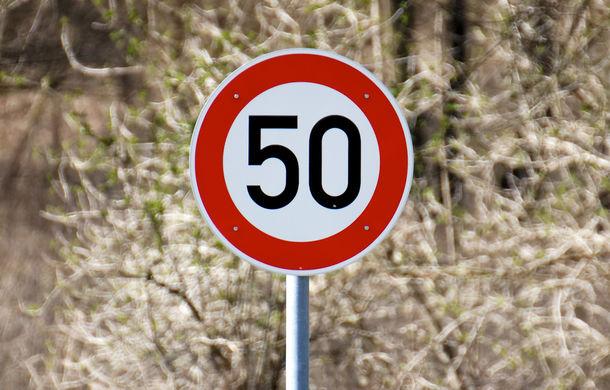 Un german de 18 ani a rămas fără permis la numai 49 de minute după ce l-a obținut: puștiul a condus cu 95 km/h într-o zonă de 50 km/h - Poza 1