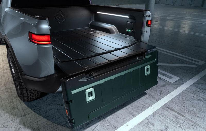 Rivian, un start-up din SUA, lansează un pick-up electric: din 2021, modelul cu autonomie de peste 640 de kilometri va fi disponibil și în Europa - Poza 6