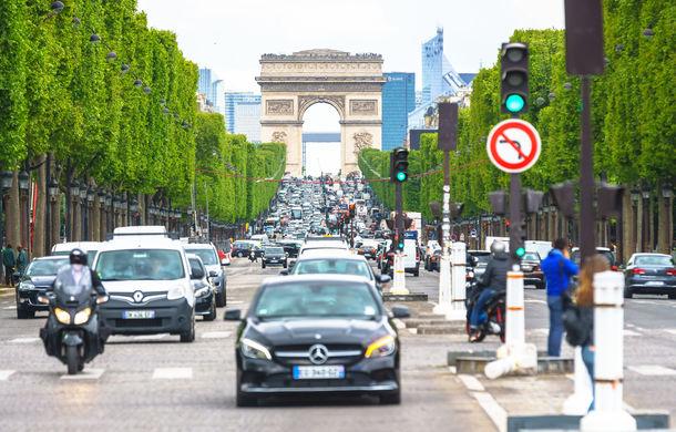 Protestele au dat roade în Franța: guvernul va suspenda majorarea taxei pe carburanți - Poza 1