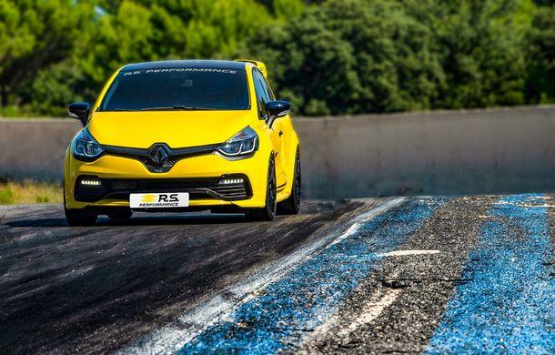 Renault lansează linia de accesorii RS Performance dedicată lui Clio RS: elemente de caroserie și echipamente derivate din cele utilizate în motorsport - Poza 4