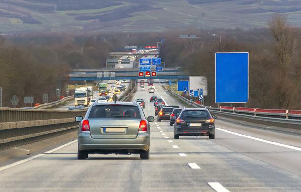 UE a decis reducerea emisiilor pentru autoturisme cu 37.5% până în 2030: producătorii avertizează că obiectivul este nerealist, iar joburile sunt în pericol - Poza 1