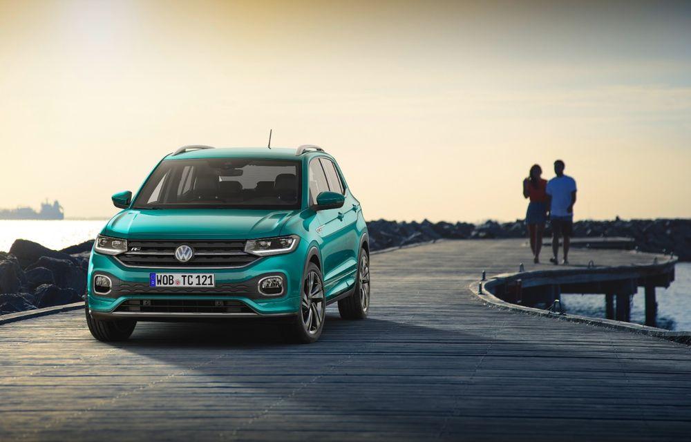 """Volkswagen spune că T-Cross nu va avea versiune hibridă: """"Costurile ar fi la fel de mari ca la dezvoltarea unui model 100% electric"""" - Poza 1"""