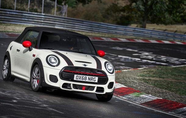 Mini John Cooper Works facelift revine în oferta producătorului britanic: motor pe benzină de 2.0 litri de 231 CP cu filtru de particule - Poza 20