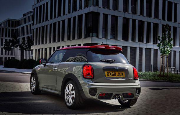 Mini John Cooper Works facelift revine în oferta producătorului britanic: motor pe benzină de 2.0 litri de 231 CP cu filtru de particule - Poza 11