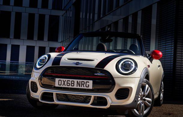 Mini John Cooper Works facelift revine în oferta producătorului britanic: motor pe benzină de 2.0 litri de 231 CP cu filtru de particule - Poza 16