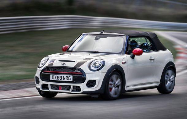 Mini John Cooper Works facelift revine în oferta producătorului britanic: motor pe benzină de 2.0 litri de 231 CP cu filtru de particule - Poza 19