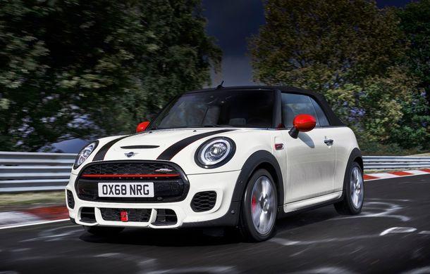 Mini John Cooper Works facelift revine în oferta producătorului britanic: motor pe benzină de 2.0 litri de 231 CP cu filtru de particule - Poza 22