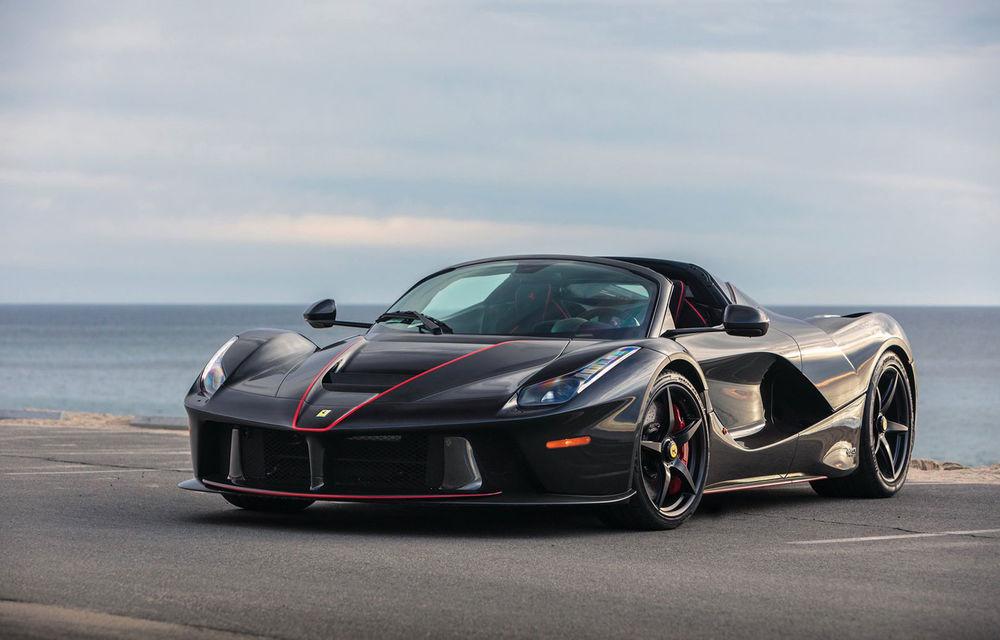 Un exemplar Ferrari LaFerrari Aperta va fi scos la licitație: specialiștii se așteaptă să fie vândut cu cel puțin 5.7 milioane de euro - Poza 1