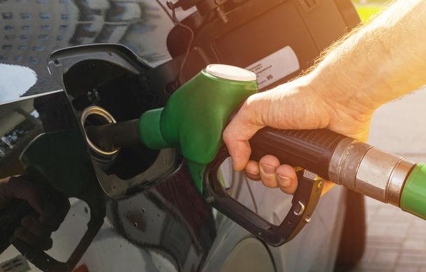 Prețurile la carburanți cresc cu circa 10 bani pe litru de la 1 ianuarie - Poza 1