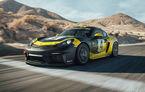 Porsche a prezentat noul 718 Cayman GT4 Clubsport: suspensie preluată de la 911 GT3 Cup și portiere fabricate dintr-un amestec de fibre organice