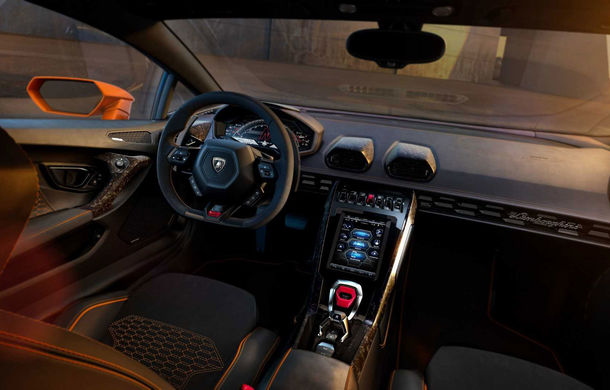 Lamborghini Huracan Evo, imagini și detalii oficiale: supercar-ul italienilor are direcție integrală și motor V10 de 640 CP - Poza 5