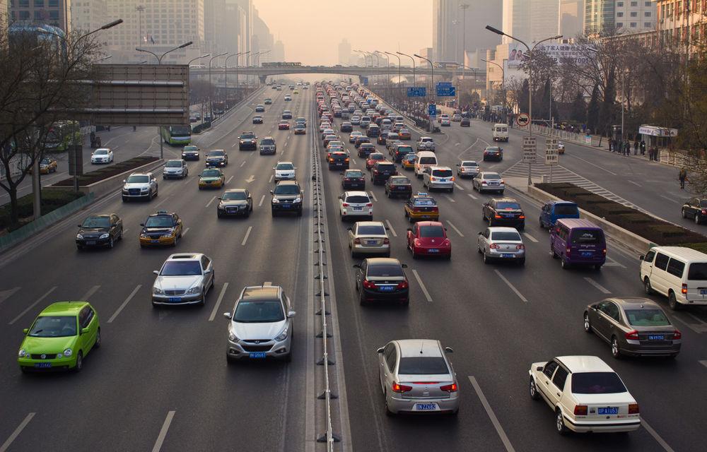 Vânzările de mașini au scăzut în China pentru prima oară după 1990: cea mai mare piață auto din lume, în cădere cu aproape 6% în 2018 - Poza 1
