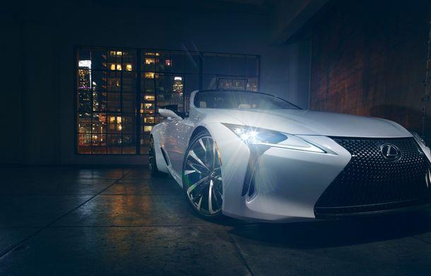 Primele imagini cu Lexus LC Convertible Concept: prototipul niponilor va fi expus la Detroit și anunță o versiune de serie - Poza 10