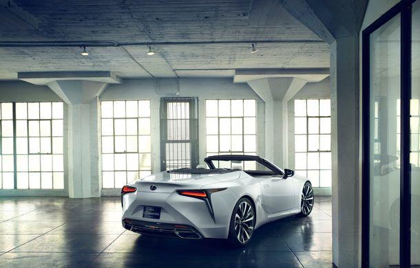 Primele imagini cu Lexus LC Convertible Concept: prototipul niponilor va fi expus la Detroit și anunță o versiune de serie - Poza 8
