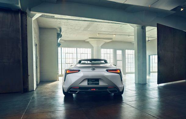 Primele imagini cu Lexus LC Convertible Concept: prototipul niponilor va fi expus la Detroit și anunță o versiune de serie - Poza 9