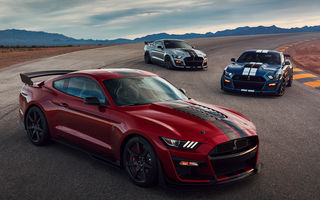"""Ford a prezentat noul Shelby GT500: motor V8 de """"peste 700 CP"""", cutie automată cu dublu ambreiaj și """"circa 3.5 secunde"""" pentru sprintul 0-100 km/h"""