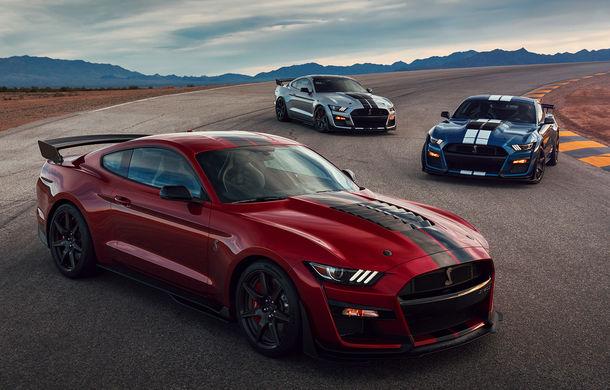 """Ford a prezentat noul Shelby GT500: motor V8 de """"peste 700 CP"""", cutie automată cu dublu ambreiaj și """"circa 3.5 secunde"""" pentru sprintul 0-100 km/h - Poza 1"""