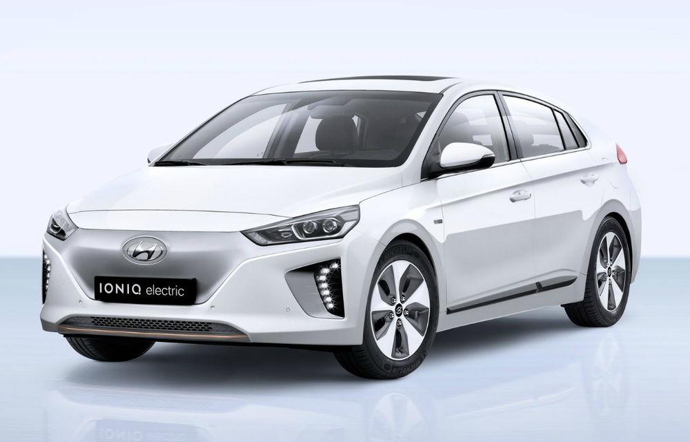 Gama de vehicule electrice Hyundai ajunge în România: Ioniq Electric pleacă de la 39.000 de euro, iar Kona Electric de la 45.500 de euro - Poza 2