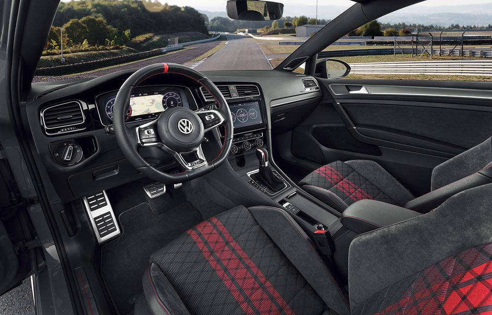 Cântecul de lebădă al actualului Volkswagen Golf: nemții lansează versiunea de stradă Golf GTI TCR cu 290 CP - Poza 3