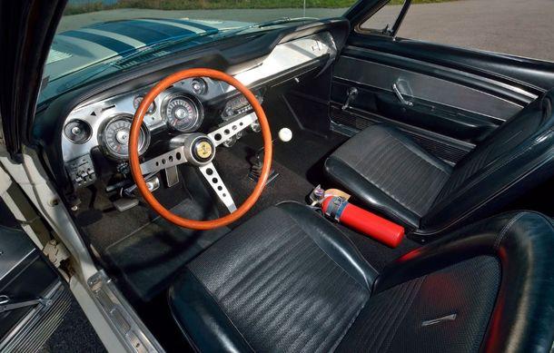Cel mai scump Mustang din istorie este un Shelby GT500 Super Snake din 1967: exemplarul unicat a fost vândut la licitație pentru 2.2 milioane de dolari - Poza 4