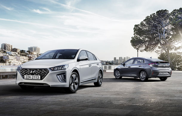 Hyundai Ioniq Hybrid și Plug-in Hybrid facelift: ecran de 10.25 inch și tehnologii preluate de la Kona Electric - Poza 1
