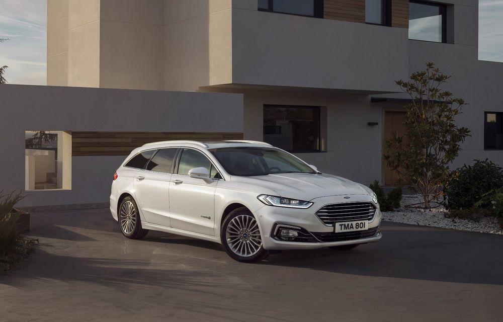 Ford Mondeo facelift, poze și informații oficiale: modificări minore la nivel estetic, motorizări îmbunățățite și versiune hibrid pe varianta break - Poza 4