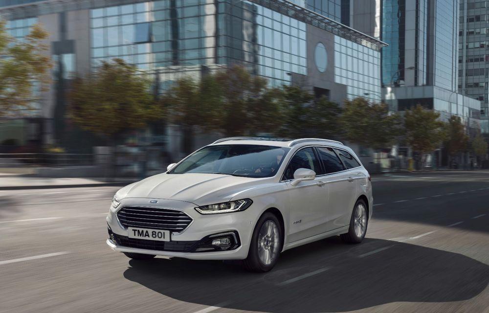 Ford Mondeo facelift, poze și informații oficiale: modificări minore la nivel estetic, motorizări îmbunățățite și versiune hibrid pe varianta break - Poza 3